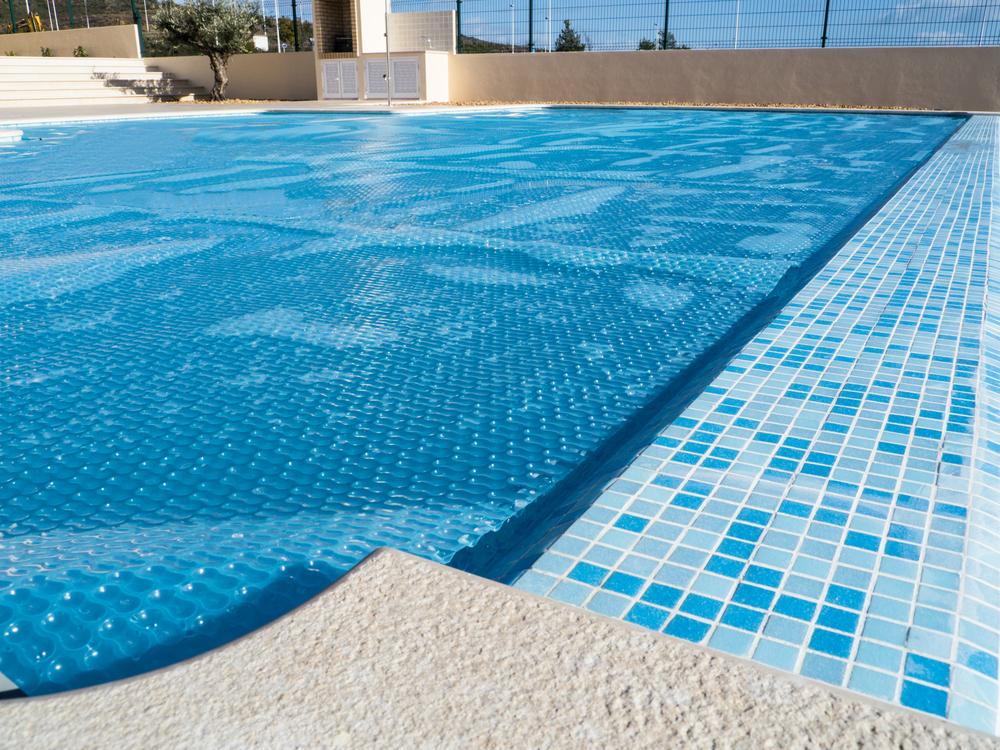 Avoiding Pool Water Heat Loss Evaporation South Shore Pool Supply