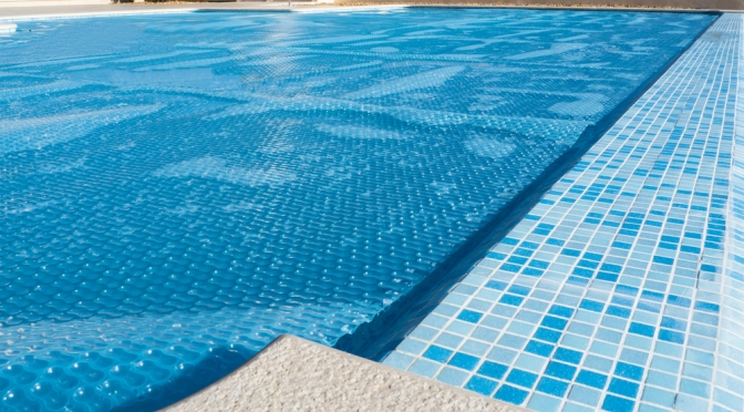 Avoiding Pool Water Heat Loss & Evaporation