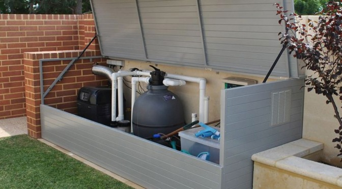 Tracy's Tips: How Often Should a Pool Filter Run?